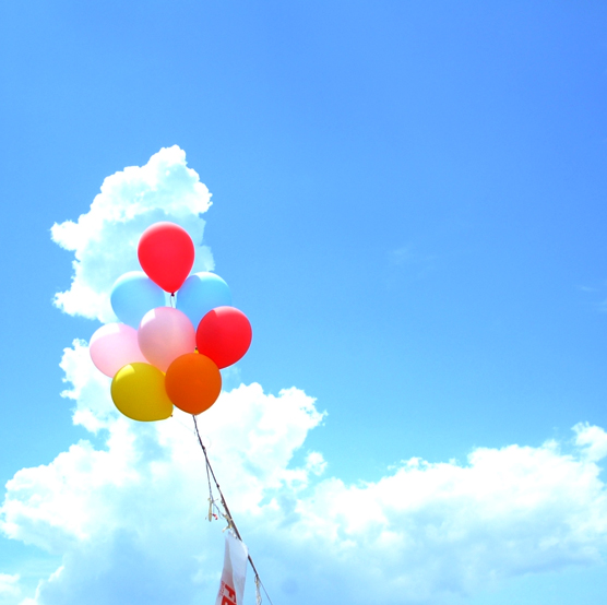 一日一日が記念日。子どもが生まれたら   一日一日が記念日。子どもが生まれたら